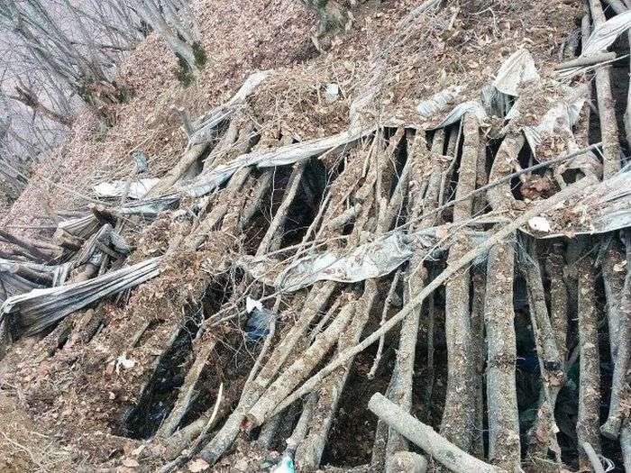 У Дагестані виявили бліндаж бойовиків (9 фото)