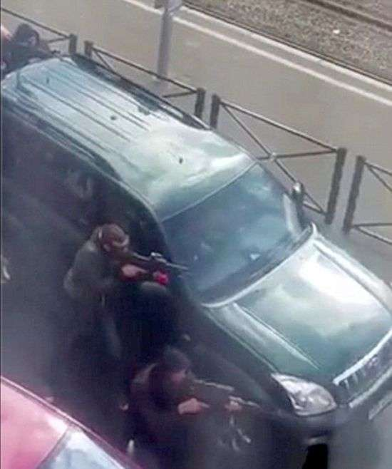 У Брюсселі прогриміло два вибухи (8 фото)