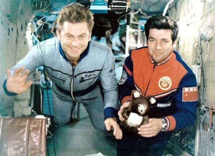 Розмноження тварин людини в космосі (6 фото)