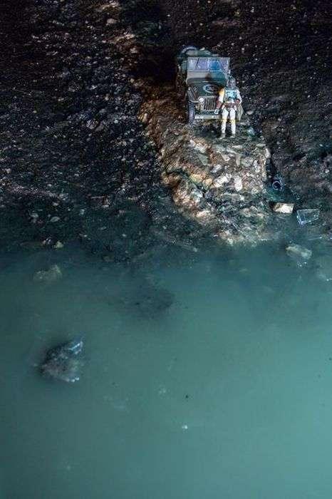 У Самарі фотографи перетворили ями на дорогах в арт-обєкти (8 фото)