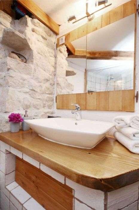Старий млин на хорватському острові перетворили на будиночок для туристів (25 фото)