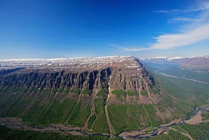 Причини, по яких кожний мандрівник повинен побувати на плато Путорана (16 фото)