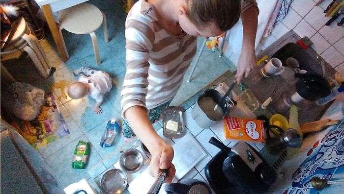 Москвичка з моноподом показала, що значить перебувати у декретній відпустці (26 фото)