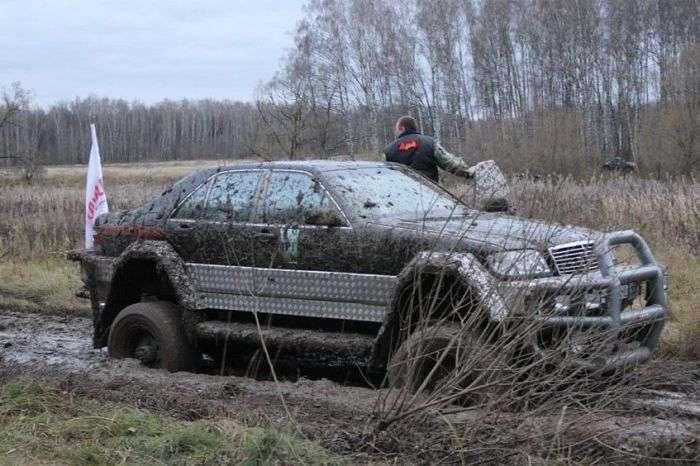 Унікальний гібрид з Mercedes-Benz S500 W140 і ГАЗ-66 (30 фото)