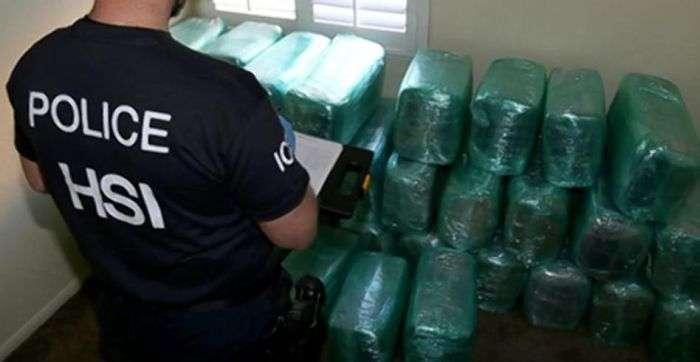 На кордоні США і Мексики виявлено тунель для контрабанди наркотиків (3 фото)