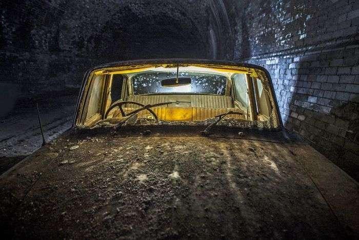 Занедбаний залізничний тунель в Ліверпулі (23 фото)