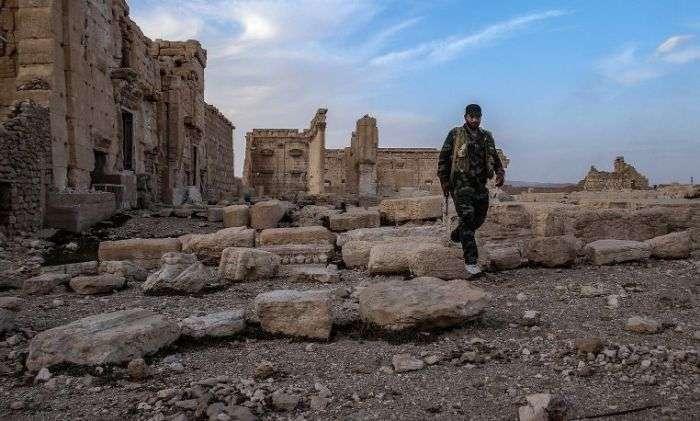 Зявилися перші кадри звільненій від бойовиків ИГИЛ Пальміри (8 фото + відео)