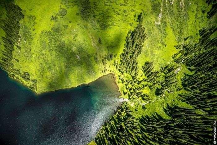 Краси Казахстану з висоти пташиного польоту (40 фото)