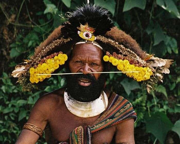 Покарання для невірних подружжя в різних країнах світу (11 фото)