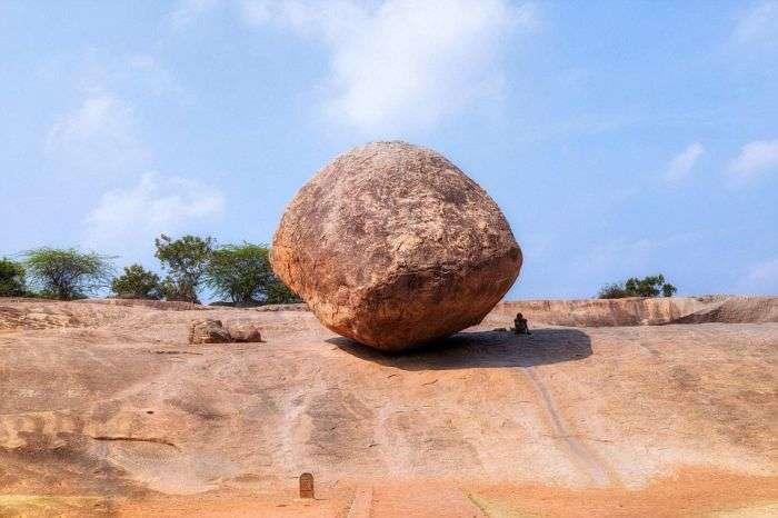 «Масляний шар Крішни» - камінь, що кидає виклик законам фізики (8 фото)