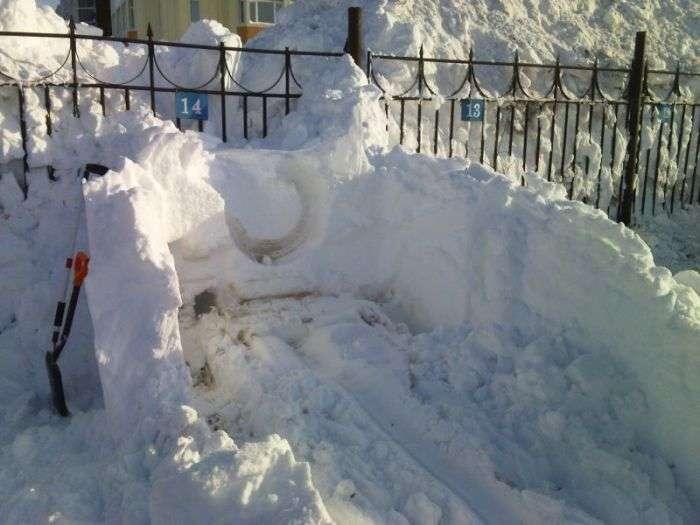Ось чому автомобілістам Камчатки необхідно мати свій гараж (6 фото)