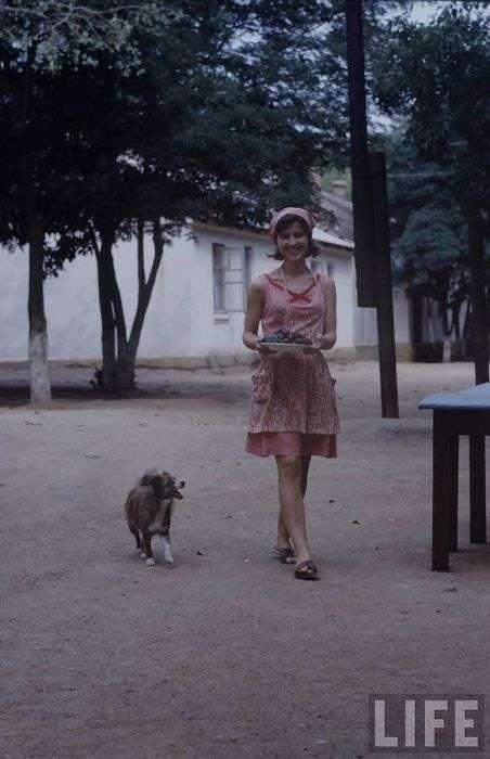 Радянська молодь на знімках американського фотографа (44 фото)