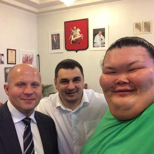 Орора Сатосі - перший професійний російський сумоїст (18 фото)