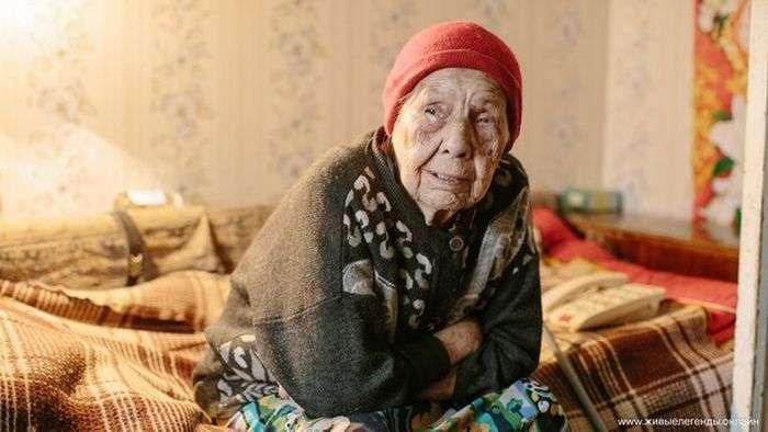 У Красноуфимске таємний меценат відшкодував вкрадені у пенсіонерки гроші (2 фото)
