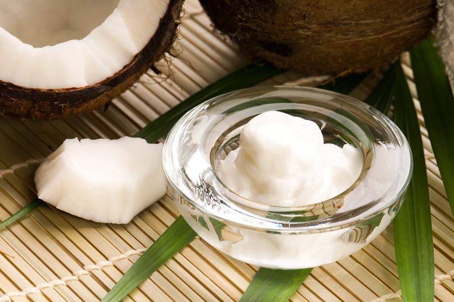 Что делать с кокосовым маслом? Как используют кокосовое масло в косметологии? Рецепты для лица и волос в домашних услови… мода и стиль