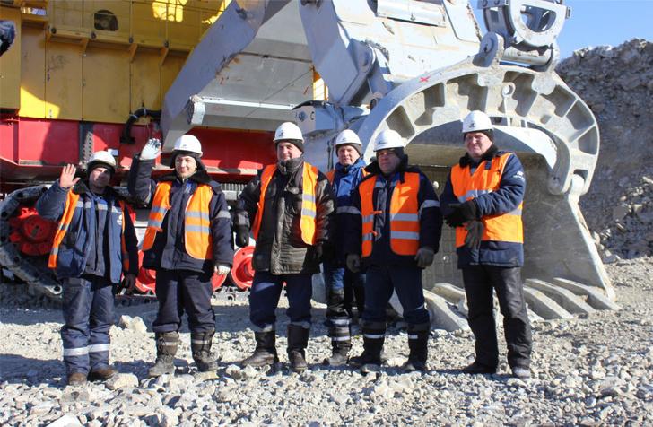 Экскаватор ЭКГ-18 введён в строй на угольном разрезе в Якутии Новости