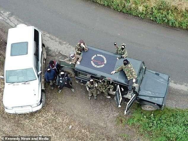 Охотник расстрелял шпионский дрон зоозащитников Интересное