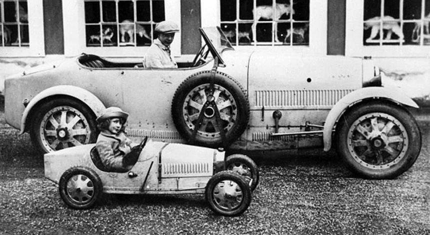 Bugatti Baby: мини-электромобиль для больших детей Bugatti