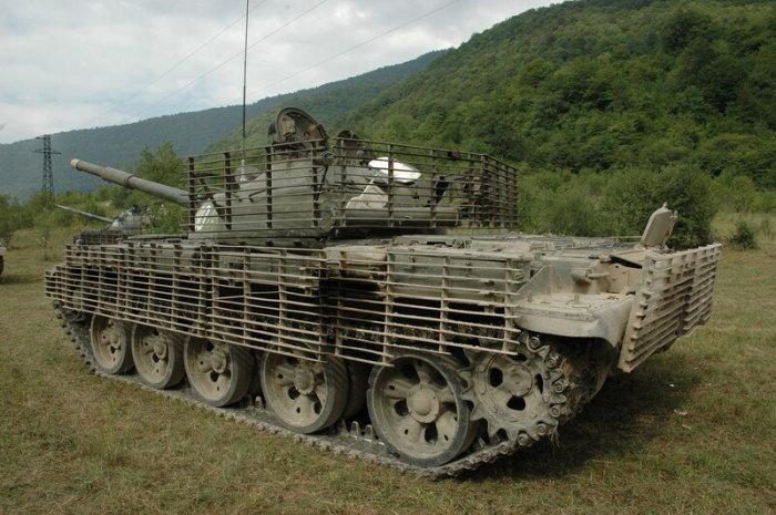 Зачем на танки навешивают бревно и «сундук Роммеля» военная техника