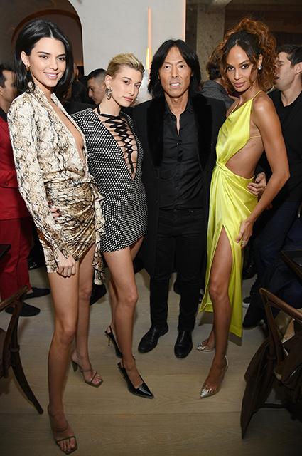 Кара Делевинь, Кендалл Дженнер и Хейли Болдуин на вечеринке в Нью-Йорке Красная дорожка