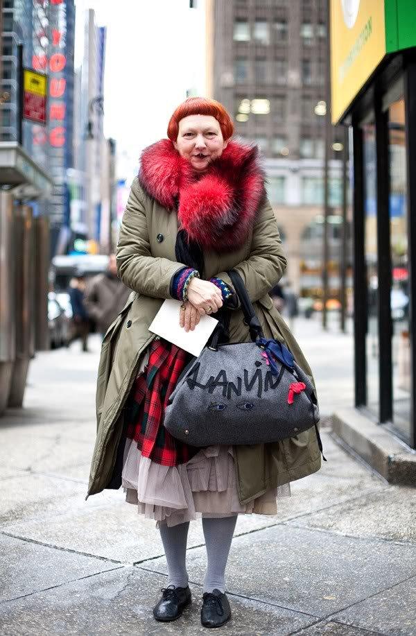 Вот как выглядит модный обозреватель журнала Vogue, которая критикует Меланию Трамп из-за отсутствие вкуса заморские звезды