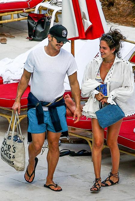 Джеймс Франко на отдыхе со своей девушкой Изабель Пакзад Звезды / Звездные пары