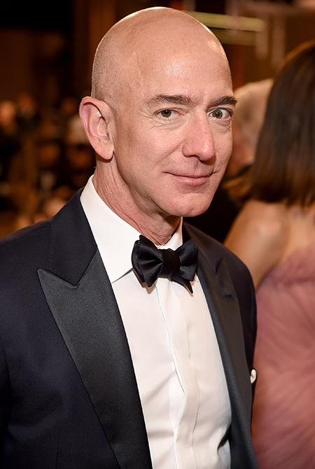 Как глава Amazon Джефф Безос