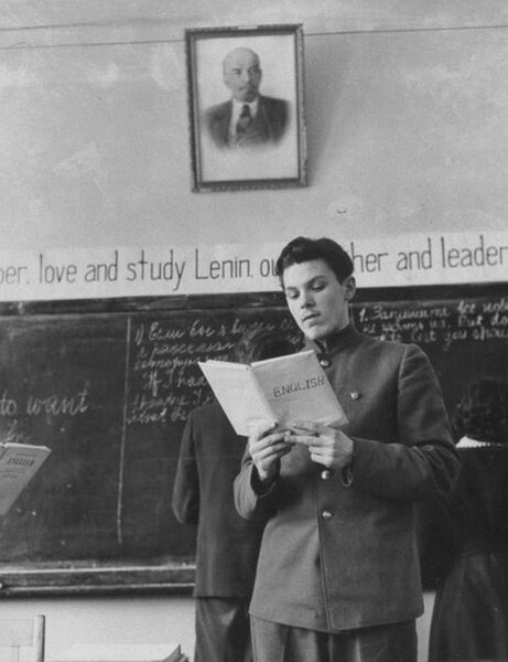 Как в 1958 г. простой советский школьник догнал и перегнал Америку. Сравнение образования СССР и США