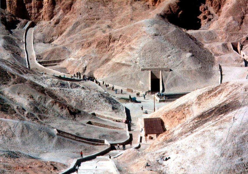 «Проклятие фараонов»: реальные причины смертей археологов Интересное
